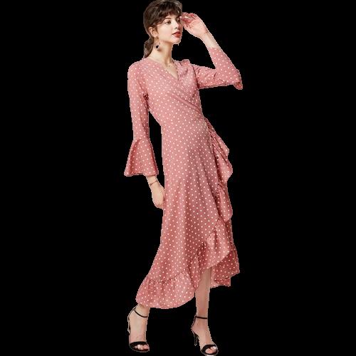 robe longue rose a pois blancs
