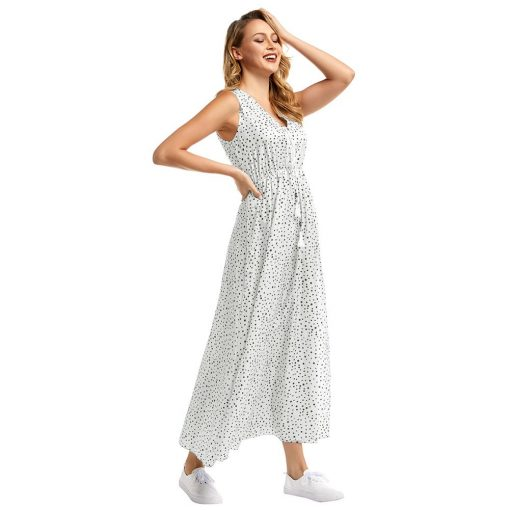 robe longue a traine a pois blanche et noire