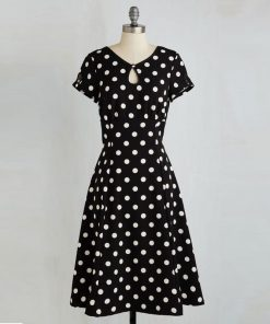 robe a pois noir et blanc