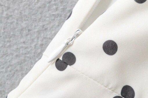 robe noire et blanche a pois