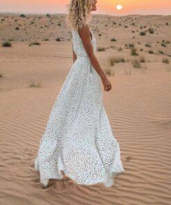 robe blanche sans manche
