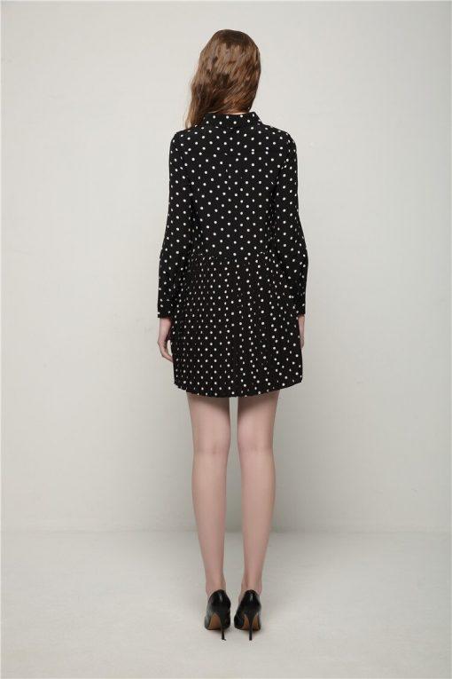 petite robe noir vêtement à pois courte