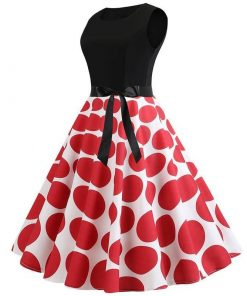 robe a pois rouges retro