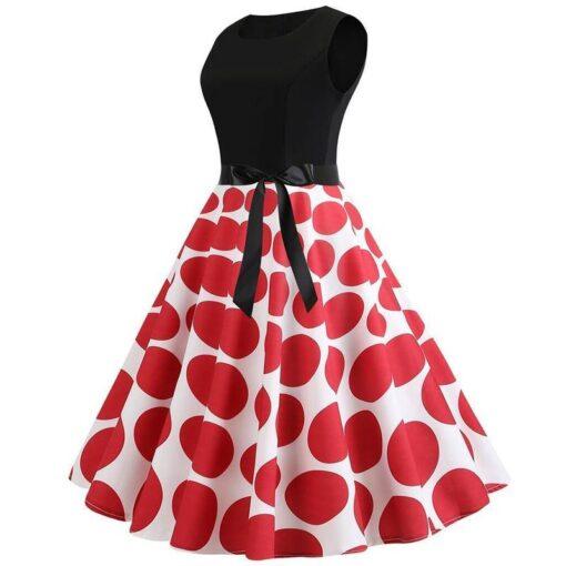 robe a pois rouges retro