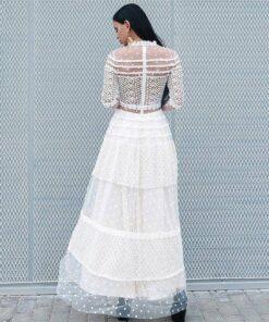 robe col haut dentelle