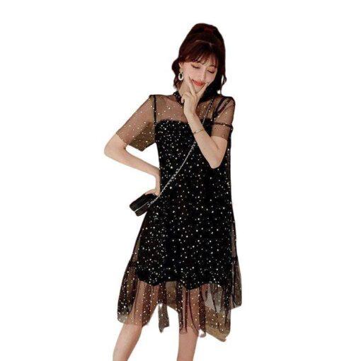 robe courte noire a pois