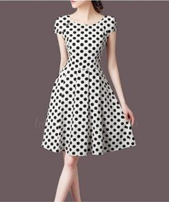 robe blanche a pois manches courtes